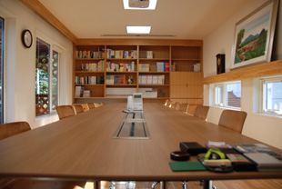 office03.jpg